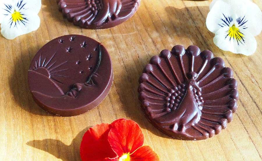 乳製品不使用のオーガニックローチョコレート