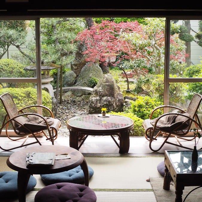 日本庭園のヴィーガンカフェ
