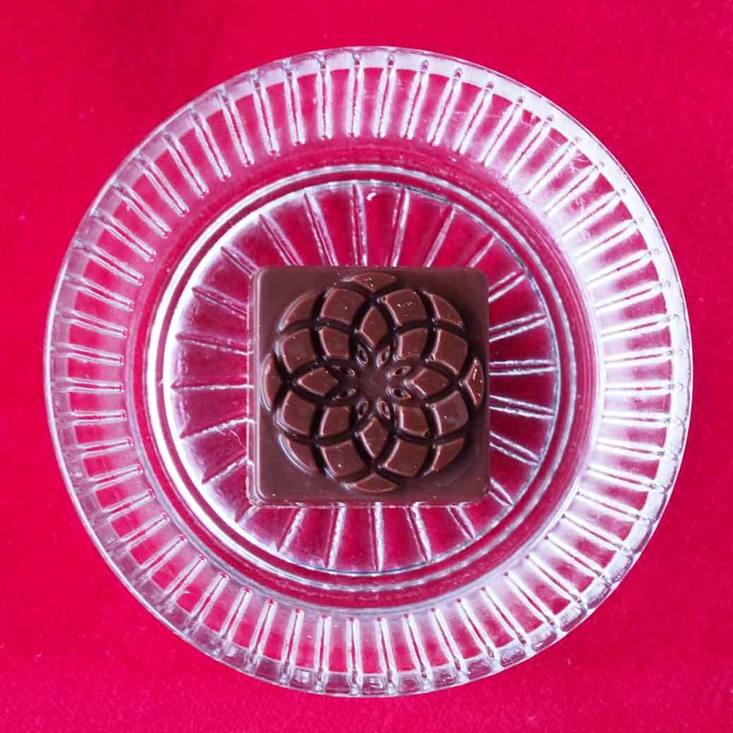 CBDオイルのレセプトのローチョコレート