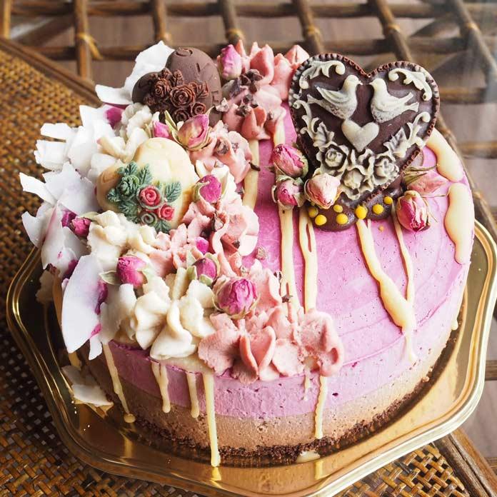 乳製品不使用のホワイトチョコを使用したローケーキ
