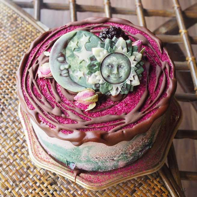 健康に特化したローチョコレートケーキ