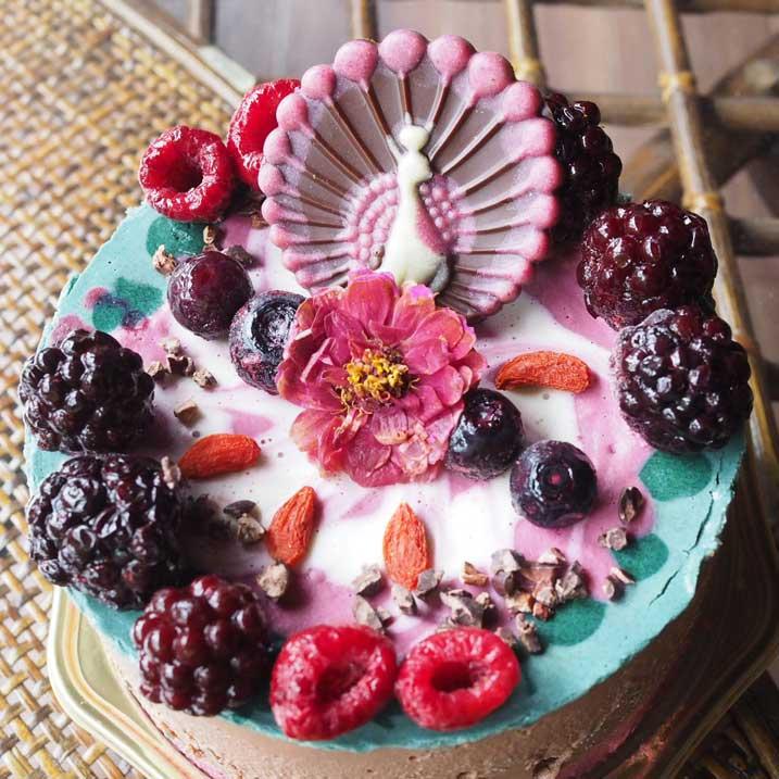 スーパーフードを使用したローケーキ