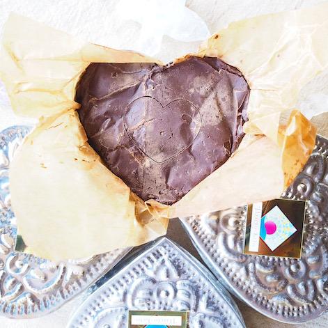 オーガニックカカオを使用したカカオセレモニー用のチョコレートドリンクの通販