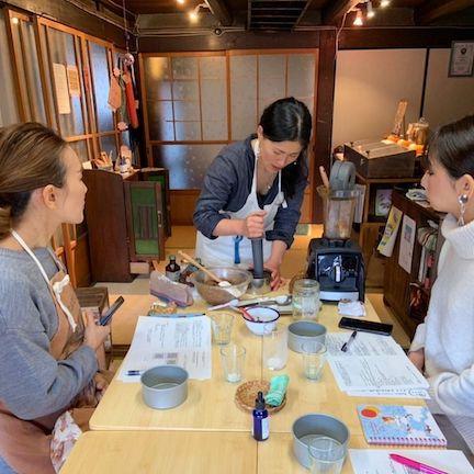 滋賀県彦根のローケーキ・ローチョコレート教室